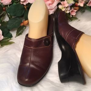 Clark's Brown Mules Leather Uppers EUC S. 9M
